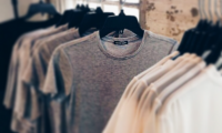 T-Shirt Row Uniform